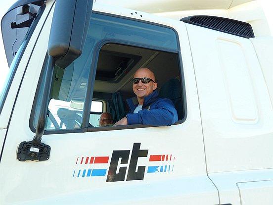 Wethouder en Baanbrekersbestuurslid Ronald Bakker was een van de chauffeurs tijdens het Truckfestijn 2013.