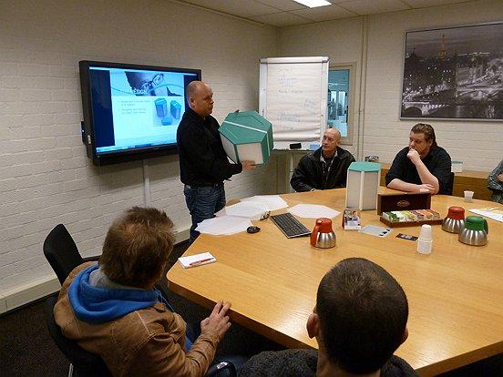 Frans Klis van Recair praat vol enthousiasme over het innovatieve Waalwijkse bedrijf.