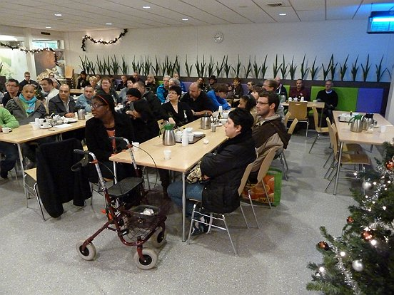 Directeur Marion van Limpt lichtte persoonlijk alle betrokken medewerkers in over het positieve besluit.