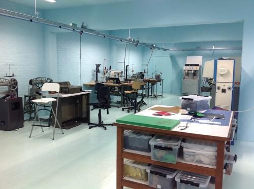 SLEM staat voor Schoenen, Leer, Educatie en Museum.