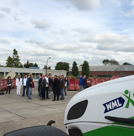 Medewerkers van de gemeente Waalwijk kwamen op werkbezoek bij WML Facilitair en Baanbrekers.