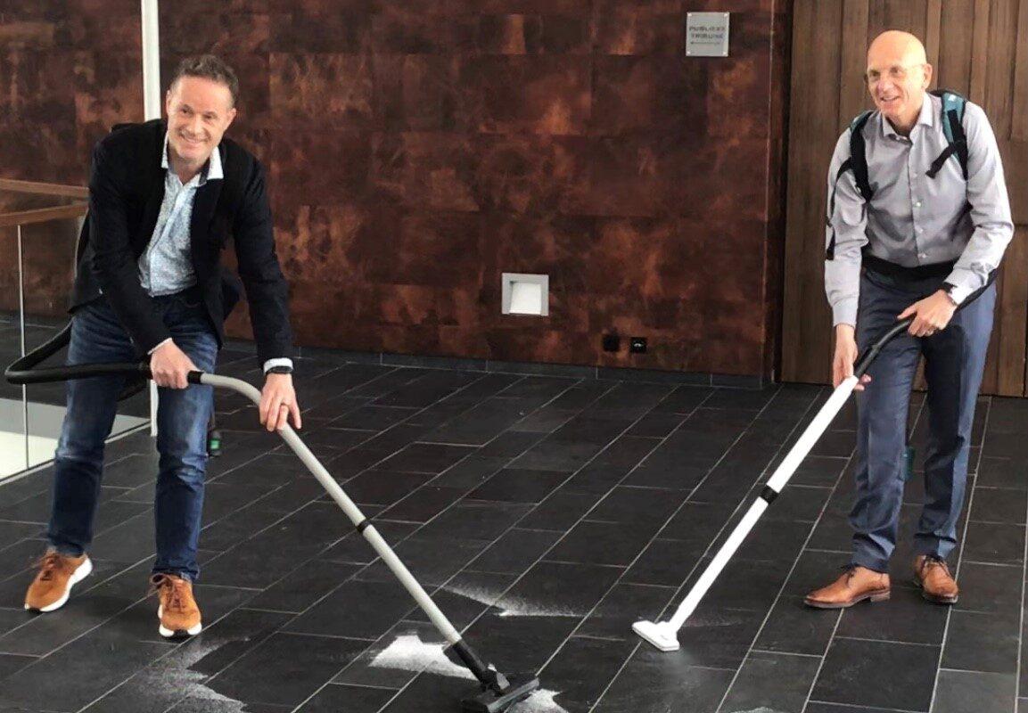 Schoonmakers van Baanbrekers houden gemeente Waalwijk schoon